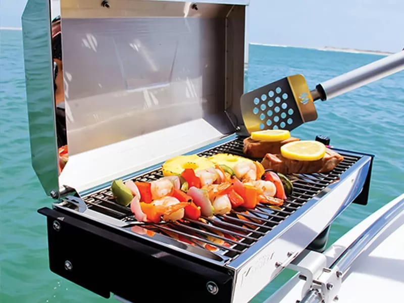 EXCLUSIVE CUISINE & BARBECUE GRILL