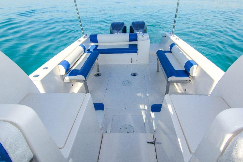 to charter a boat dubai