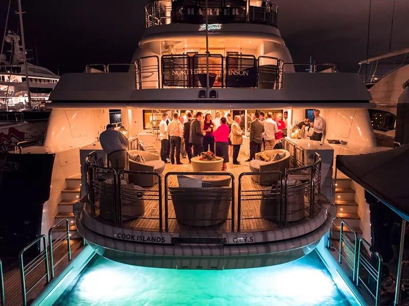 private charter yacht dubai